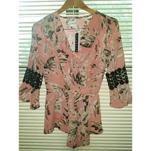 NY Collection lady 's top